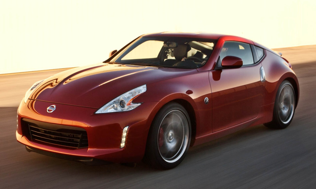 2016_nissan_370z_coupe_base_fq_oem_2_1280.jpg